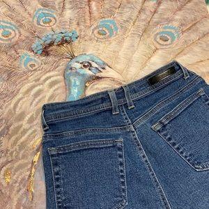 Gloria Vanderbilt Straight Jeans